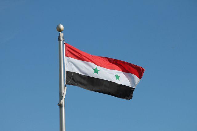ПВО Сирии отображают  израильскую атаку