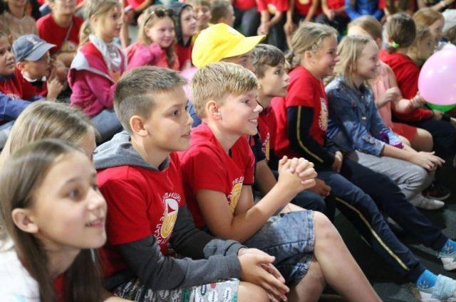 Власти Оренбуржья обсудили организацию детских лагерей