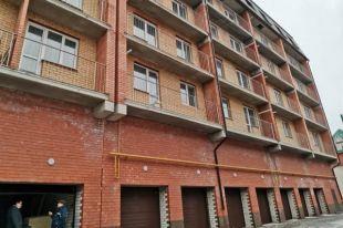 Министерство строительства Новосибирской области держит на контроле достройку жилого дома №12 стр. в микрорайоне «Закаменский».