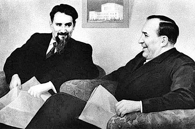 Игорь Курчатов и Ефим Славский.