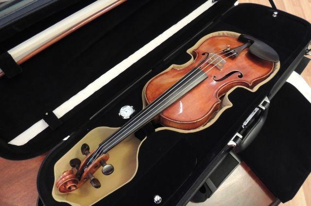 В Удмуртию привезут скрипку Моцарта