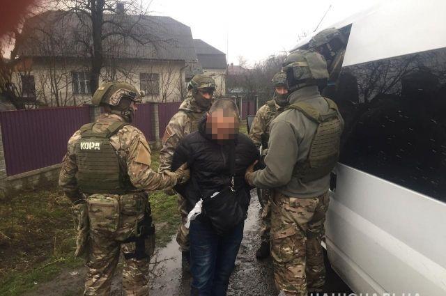 Во Львовской области полиция перекрыла канал поставки наркотиков