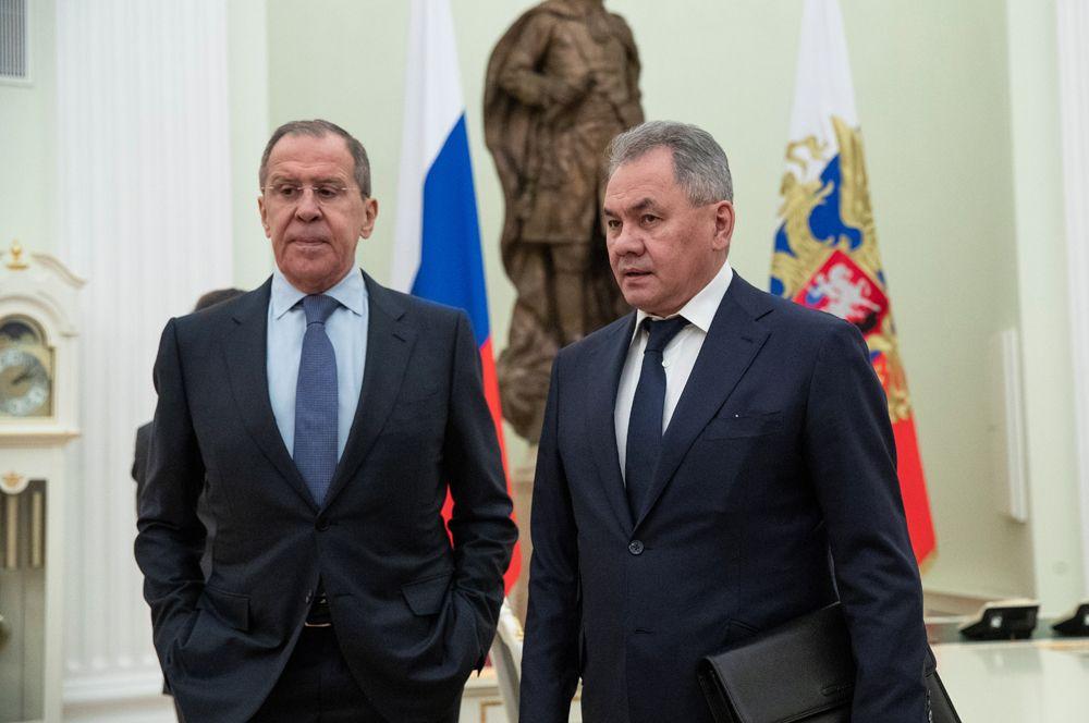 Министр иностранных дел России Сергей Лавров и министр обороны Сергей Шойгу.