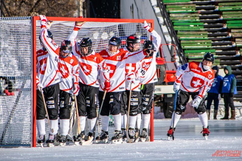 Швейцарию они обыграли «всухую» со счётом 7:0.