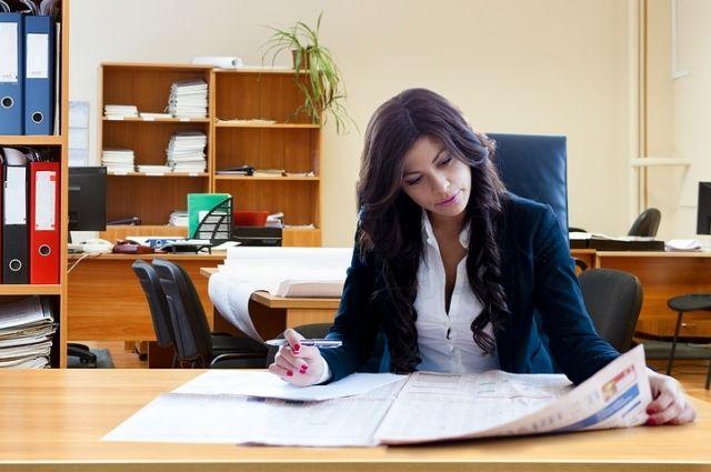 Каждая пятая соискательница имеет высшее образование.