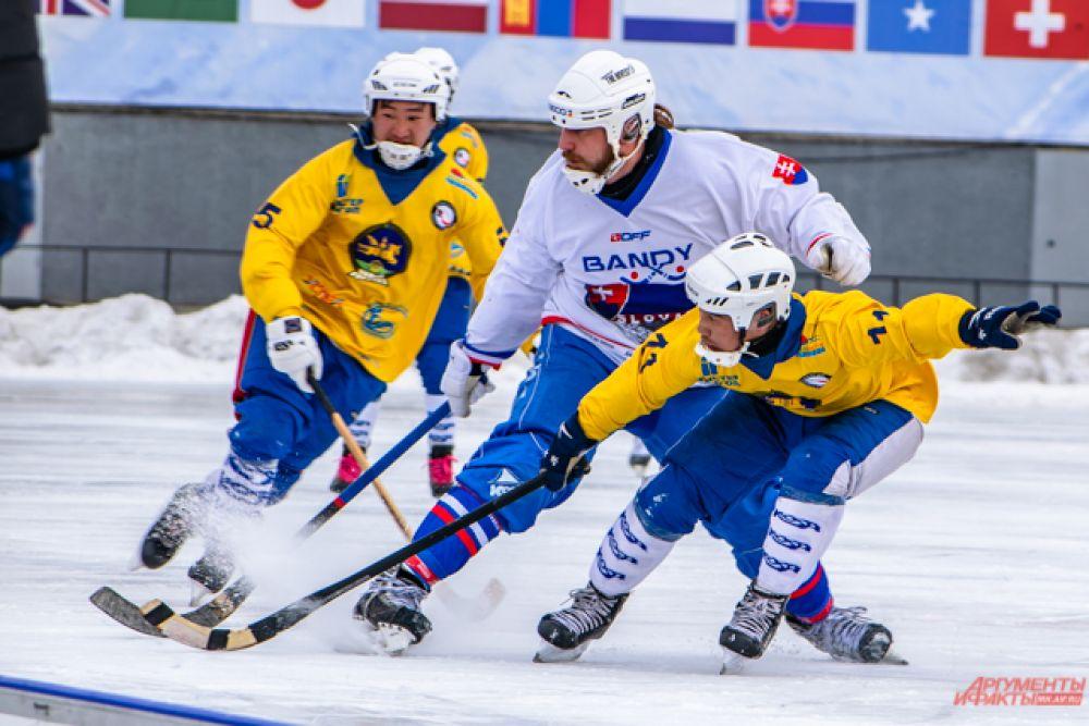 Во втором тайме уверенное начало получилось у монголов: на 54 минуте они сравняли счёт до 1:1, а на 62 минуте и вовсе вышли вперёд.