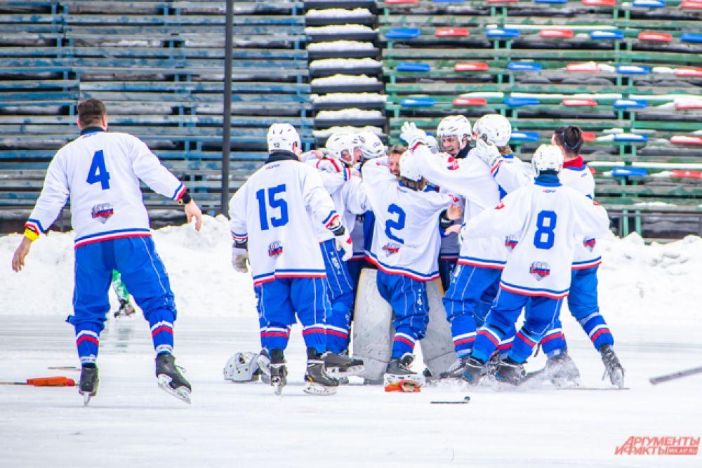 Матч закончился со счётом 3:2 в пользу Словакии.