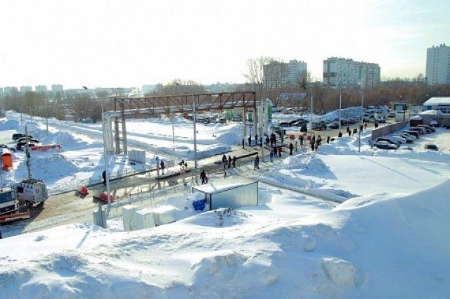 В Новосибирске состоялось открытие железнодорожного переезда, который связал улицу Гребенщикова и Фадеева в Калининском районе.