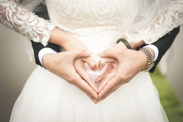 Оренбургстат подсчитал средний возраст оренбургских невест.