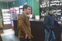 Участников инцидента Анатолию Плешанову удалось сфотографировать.