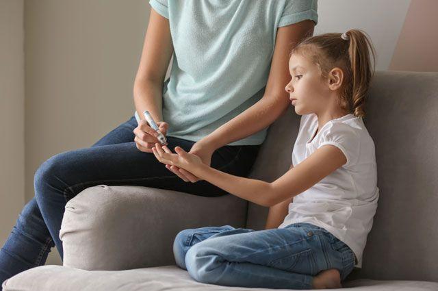 Каким врачам нужно показать ребенка в 3 года