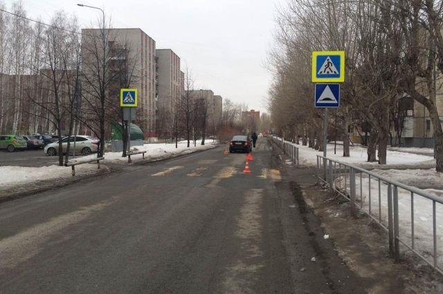 На пешеходном переходе по улице Олимпийской иномарка сбила школьника