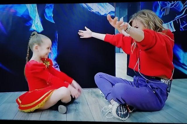 В шоу Первого канала приняла участие 8-летняя оренбурженка Маша Кузьмина.