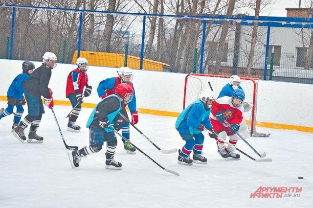 Хоккей начинается с дворовых команд.
