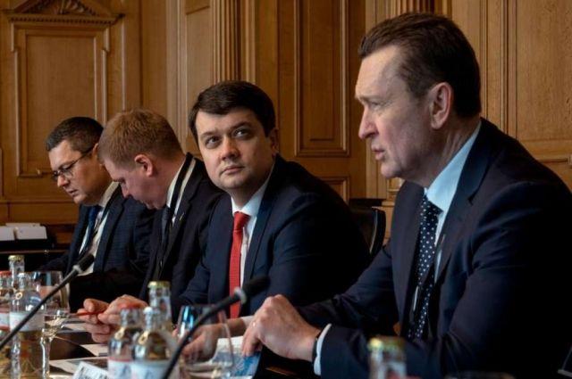 Украина надеется на углубление сотрудничества со Швейцарией, - Разумков
