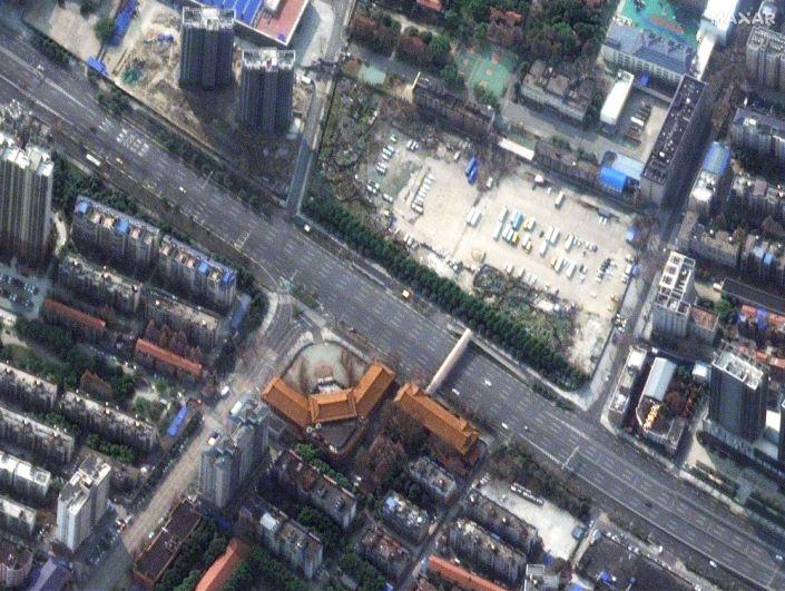 На улицах Уханя в провинции Хубэй, Китай. 25 февраля 2020 года.