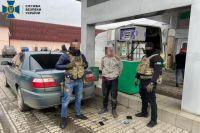 В Закарпатской области пограничники организовали схему контрабанды сигарет