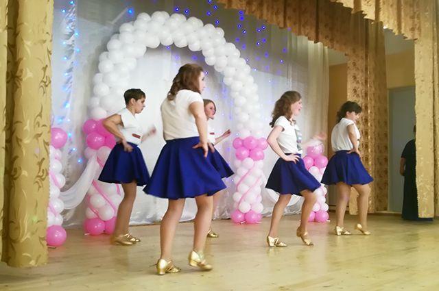 В Воробьевском психоневрологическом интернате провели первый конкурс красоты для воспитанниц.