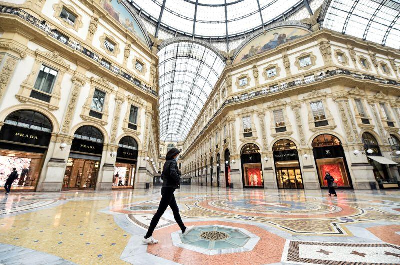 Галерея Виктора Эммануила II в Милане.