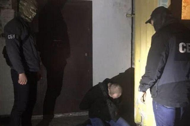 В Запорожской области уличили пограничника, который «крышевал» браконьеров