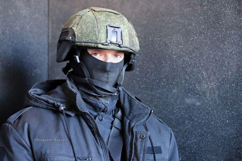 Боец ОМОН. Занятие по тактической подготовке