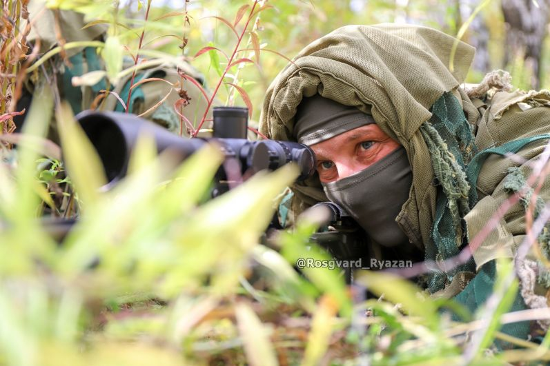 Снайпер СОБР. Летний полевой выход