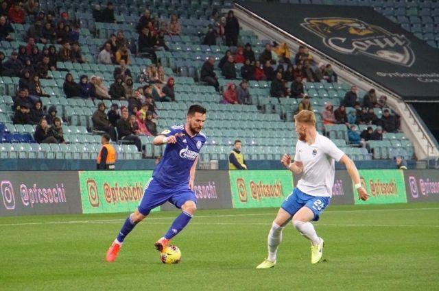 ФК «Сочи» разгромил «Оренбург» со счетом 5:1.