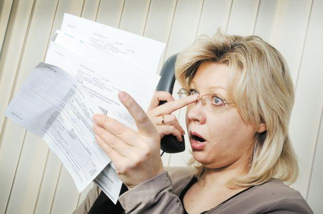 Долги за услуги ЖКХ могут достигать сотен тысяч рублей - в таких случая коммунальщики обычно обращаются в суд.