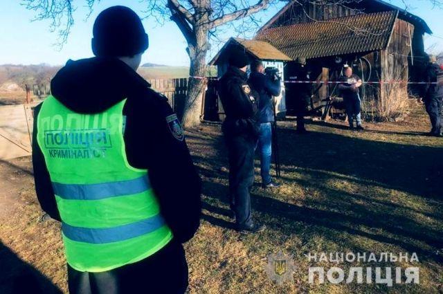 В Черновицкой области муж убил жену и маленькую дочь: подробности
