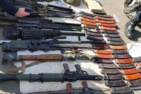 В Луганской области задержали микроавтобус с оружием и боеприпасами