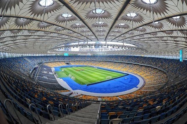 Чемпионат Украины по футболу будет проходить без зрителей до 3 апреля