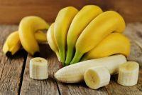 Бананы и лимоны: медэксперты объяснили, передается ли коронавирус через еду