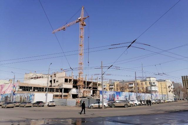 В Оренбурге к 9 мая от многоэтажного недостроя останется один этаж.