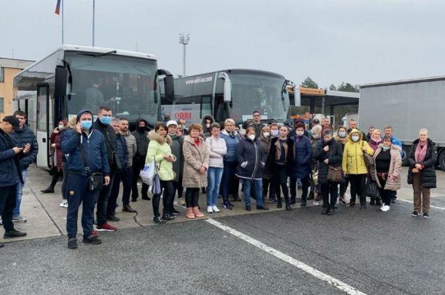 Возвращайтесь в Италию: полиция Словении пытается выгнать украинцев с КПП