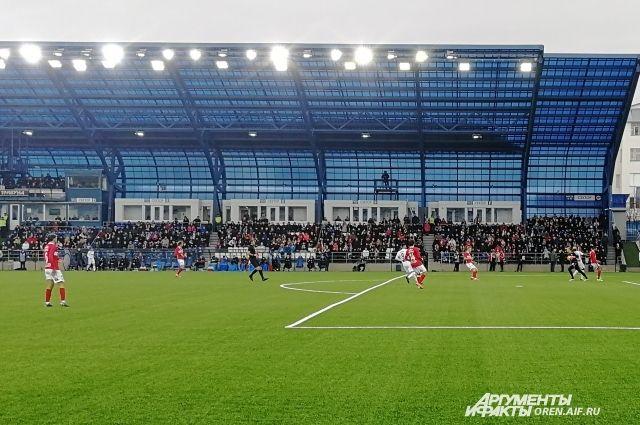 «Оренбург» остается на 11 строке турнирной таблицы.