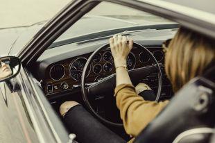 Бердчанки-автомобилистки состязались в теоретических и практических знаниях ПДД.