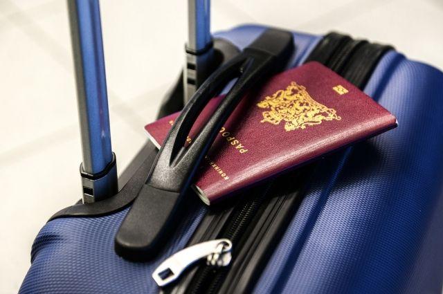Для пересечения границы на контрольно-пропускном пункте нужно будет предъявить заграничный паспорт, который необходимо иметь при себе.
