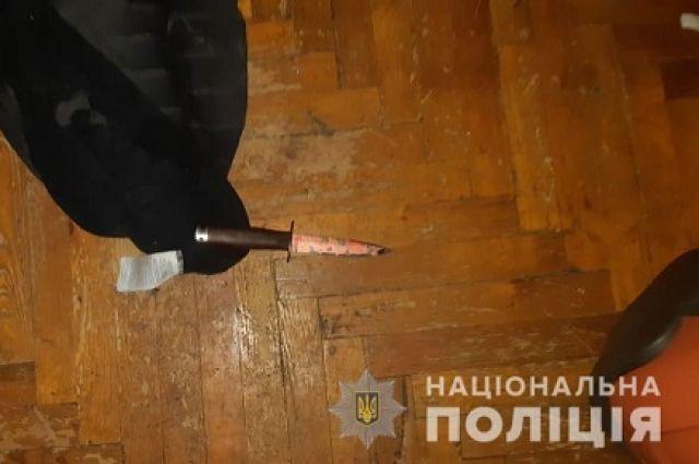 Житель Харьковской области во время ссоры зарезал собственную мать