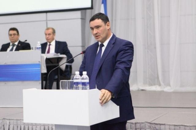 Руслан Болотов.