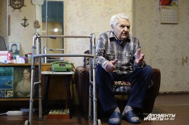 Владимир Князев не ожидал, что на старости лет окажется без дома.