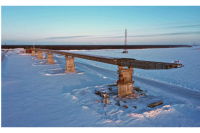 На мосту через Пур завершили шесть из десяти пролетных строений