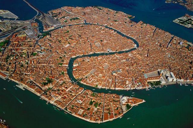 Как наМальдивах: каналы безлюдной Венеции стали удивительно  чистыми