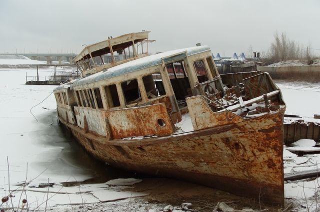 На Колыме предстоит поднять из воды 30-40 судов.
