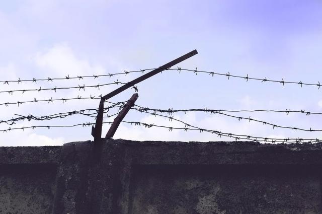 В Новом Уренгое пенсионер получил шесть лет тюрьмы за покушение на убийство