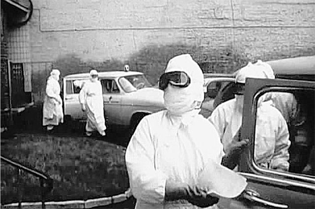 Кадр из фильма «В город пришла беда». 1966 г.