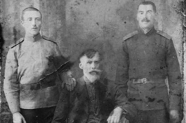 Евгений Рюкбайль с сыновьями