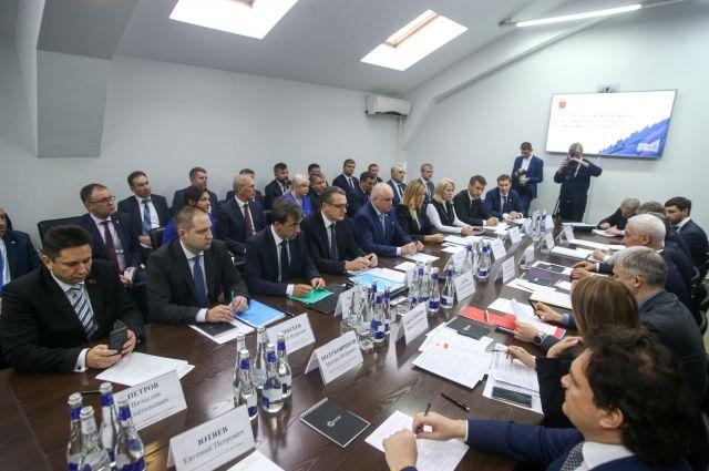 18 марта первый вице-премьер Андрей Белоусов на шахте «Талдинская-Западная 1» в Кузбассе провел совещание по вопросам вывоза угля.