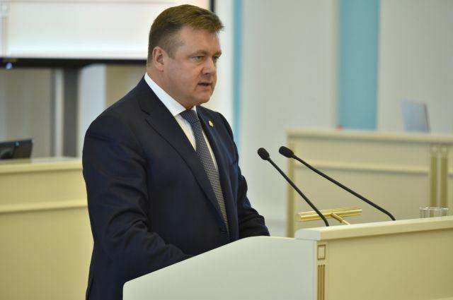 По словам Николая Любимова, правительство региона продолжит развивать открытый диалог власти и общества.