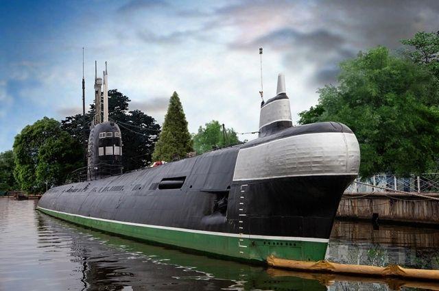 На территории Музея Мирового океана отметили День моряка-подводника