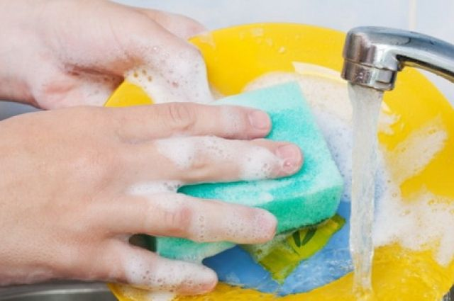 Использовать посудомойку и экономить расход воды: правила просты